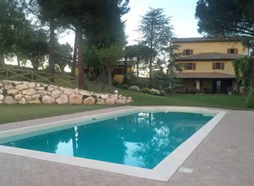 B b la foresteria osimo ancona for Piscina osimo